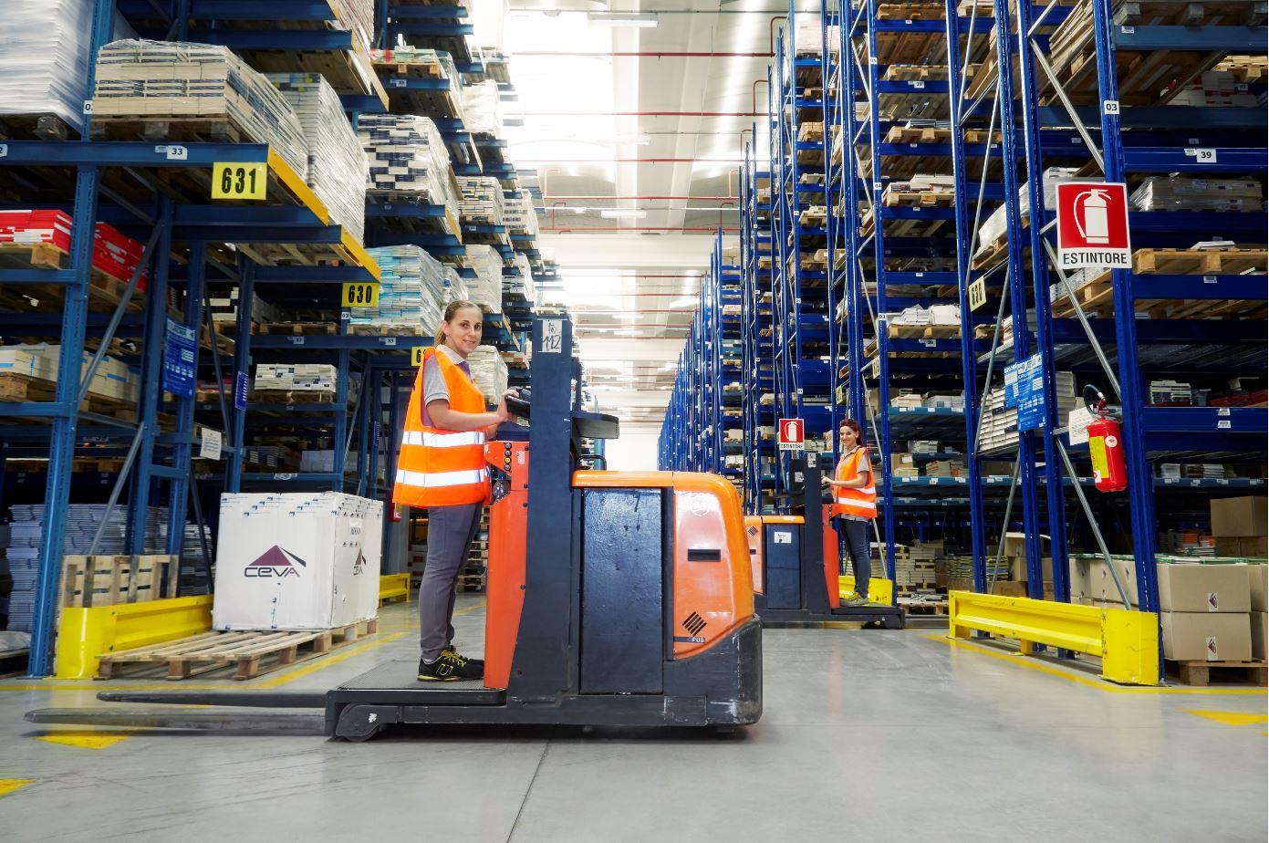 CEVA logistics mondadori partnership editore
